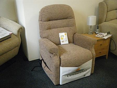 Warwick Lift & Rise Recliner Chair - Cotswold
